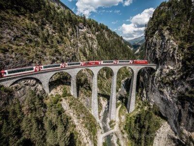 [빙하특급 Glacier Express 스위스 일주 7일]로이커바트 온천+고르너그라트 전망대+라인폭포 유람선