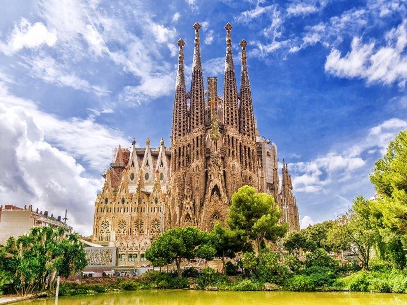 그저 스쳐지나간 듯한 여행은 그만! 패키지와 자유여행의 완벽조화. 세미패키지로 즐기는 스페인!