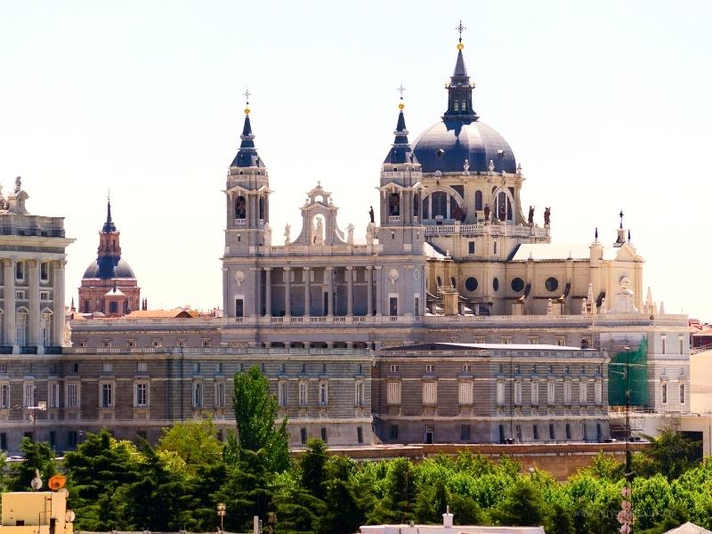 이번 여행은 어떤 항공을 타고, 어떤 시간에 출발할까? 내맘대로 선택하는  스페인/포르투갈/모로코로 떠나볼까요?