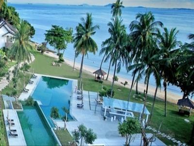 싱가포르와 인도네시아 바탐섬의 전객실 바닷가 전망의 뚜리비치 리조트에서의 휴양일정