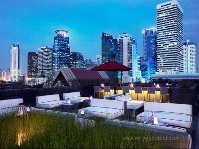 방콕의 최대 수상시장 담던사두억, 방콕왕궁, 코끼리 트레킹, 제일 더운 한낮에는 시원하게 호텔 부대시설 즐기기