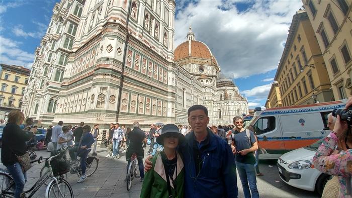 결혼 30주년 기념으로 선택한 서유럽 여행 잘 다녀왔습니다.