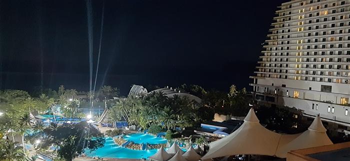 에메랄드 빛 아름다운 바다 괌