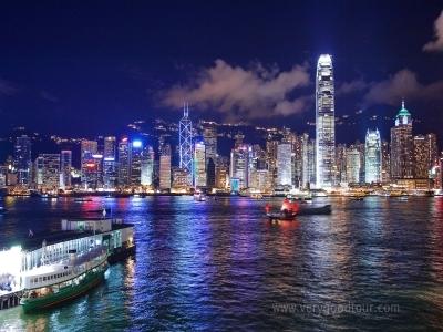 홍콩 시내 특급호텔 2박 투숙, 전 일정 가이드 동행 편안한 패키지